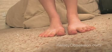 Feet - Toe Curling with Pink Nailpolish