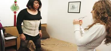 Ballbusting - Sex Therapy With Lola